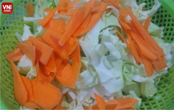STIR-FRIED-NAPA-CABBAGE-WITH-SHRIMP-06