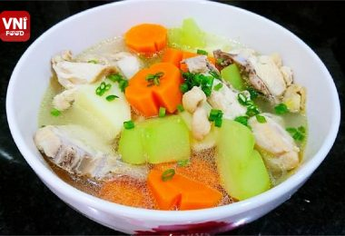 CHICKEN-WITH-VEGETABLE-SOUP-0
