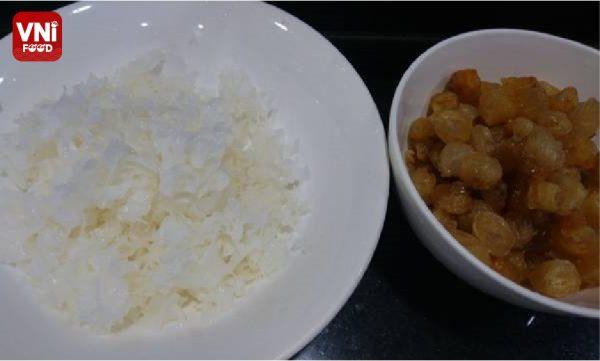 LOTUS-SEED-SWEET-SOUP-WITH-DRY-LONGAN-02