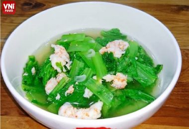 BLACK-MUSTARD-GREEN-SOUP-WITH-SHRIMP-0