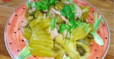 STIR-FRIED-BEEF-WITH-PICKLED-MUSTARD-GREENS-05