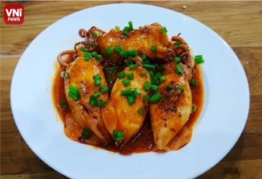 STUFFED-SQUID-WITH-TOMATO-SAUCE-04