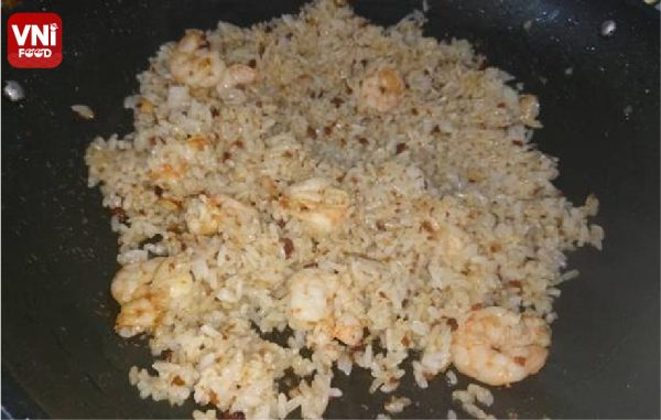 FRIED-RICE-WITH-SHRIMP-05