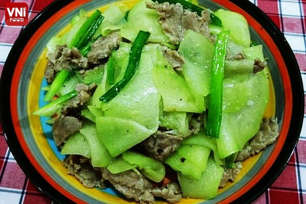stir-fried chayote with beef