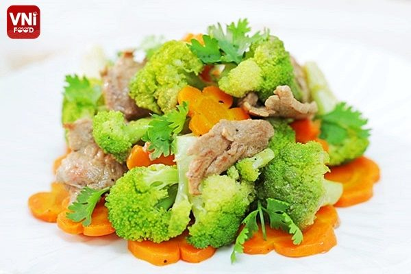 STIR-FRIED BEEF WITH VEGETABLES-1