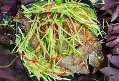 FRIED-POMFRET-WITH-MANGO-AND-FISH-SAUCE-066