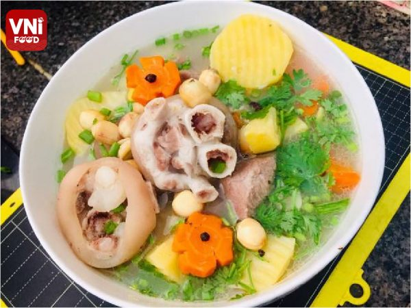 PORK-LEG-SOUP-WITH-LOTUS-SEEDS-042
